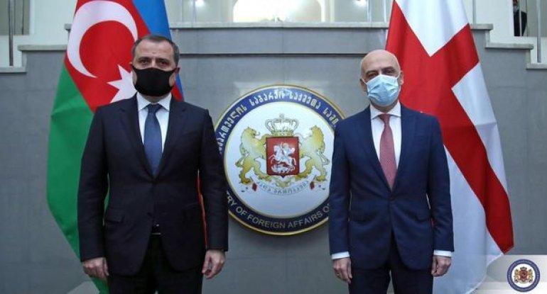 Ceyhun Bayramov gürcü həmkarı ilə görüşündən yazdı