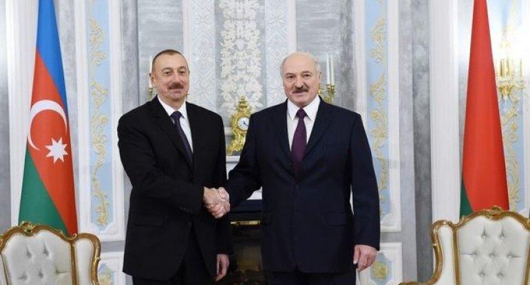 Belarus prezidenti İlham Əliyevə zəng vurub