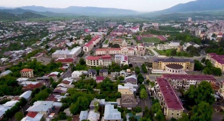 Xarici jurnalistlər Dağlıq Qarabağdan çıxırlar