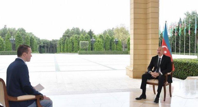 """İlham Əliyev Rusiyanın """"Pervıy Kanal"""" televiziyasına müsahibə verib - FOTO"""