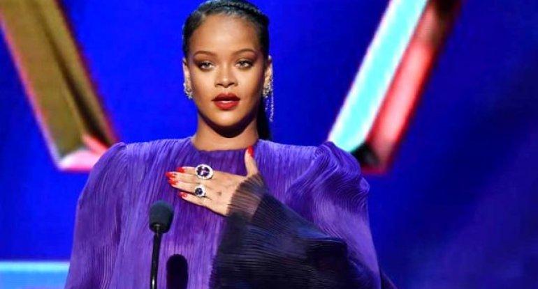 Rihanna müsəlmanlardan üzr istədi - SƏBƏB