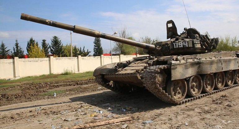 MN: Düşmənin xeyli sayda hərbi texnikası məhv edilib, 6 tank ələ keçirilib
