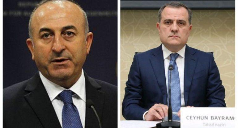 Mövlud Çavuşoğlu ilə Ceyhun Bayramov telefonla danışıb