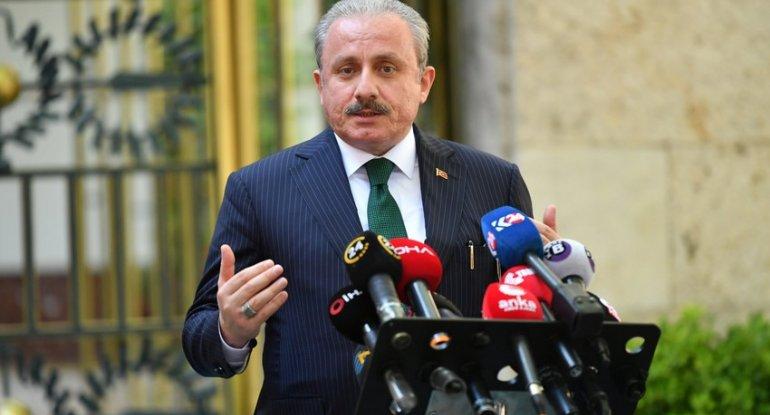 """Mustafa Şentop: """"Beynəlxaq ictimaiyyətə müraciət edirəm: karsınız, ya korsunuz?"""""""