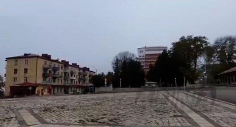Şuşadan görüntülər yayıldı: Ermənilər şəhəri tərk edib - VİDEO