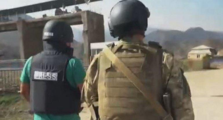 """Ermənistan Talış və Suqovuşanda """"Euronews""""un çəkiliş qrupunu raket atəşinə tutdu"""