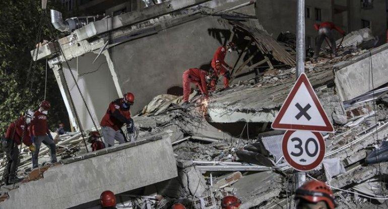 65 saat sonra dağıntılar altından 3 yaşlı körpə sağ çıxarıldı - İzmirdə möcüzə - FOTO