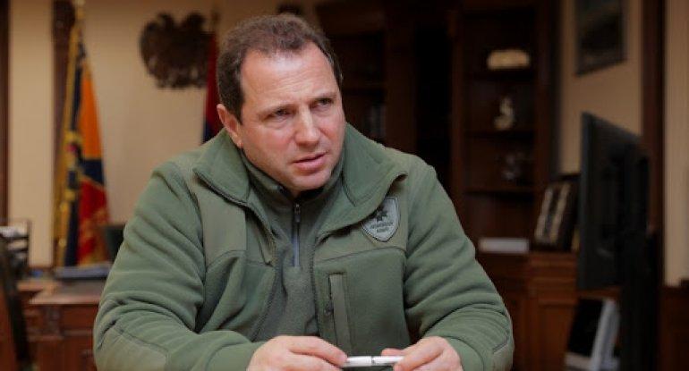 Ermənistan müdafiə nazirinin istefası tələb edilir