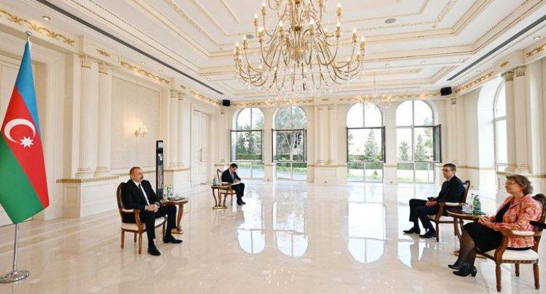 İlham Əliyev yeni səfirin etimadnaməsini qəbul etdi
