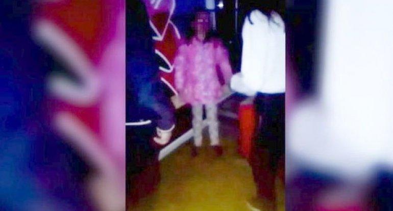 Yeniyetmə oğlanlar 10 yaşlı qıza qarşı görün nə etdilər - VİDEO