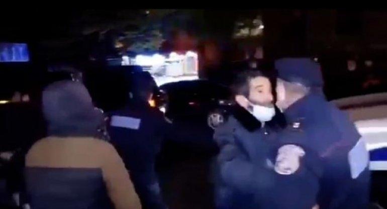 Paşinyan itkin hərbçilərin yaxınlarına da məhəl qoymadı: Polis müdaxilə etdi - VİDEO