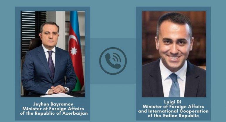 Azərbaycan və İtaliya XİN başçıları arasında telefon danışığı olub