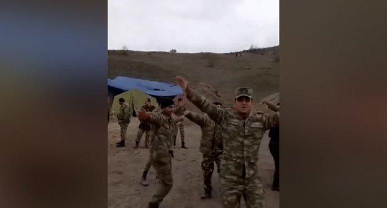 Qalib Azərbaycan əsgərlərinin rəqsi - VİDEO