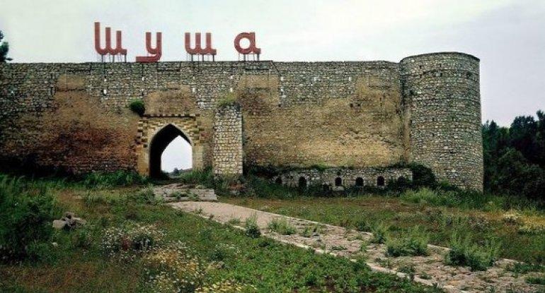 Şuşa qalasında böyük ölçülü Azərbaycan bayrağı - FOTO