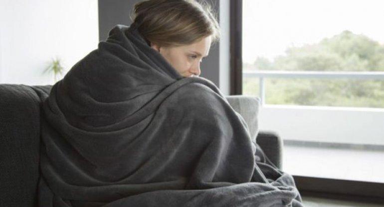 Koronavirusu gizlədən simptom açıqlandı