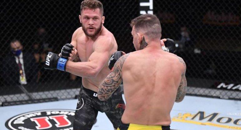 Azərbaycan əsilli döyüşçü UFC-də növbəti qələbəsini qazandı, şəhidlərimizi yad etdi - VİDEO