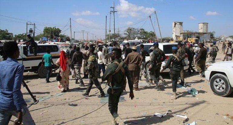 Somalinin paytaxtı Moqadişoda güclü partlayış və atışma baş verib