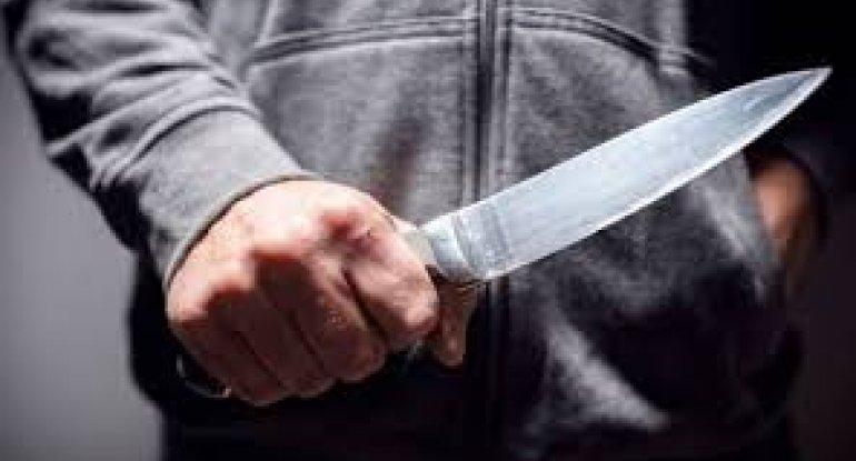 Moteldə arvadına 18 bıçaq vuran kişi HAKİM QARŞISINDA