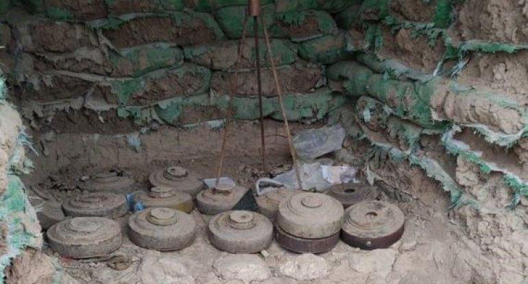 Polislər Xocavənddə 30-dan çox mina aşkarladılar - FOTO