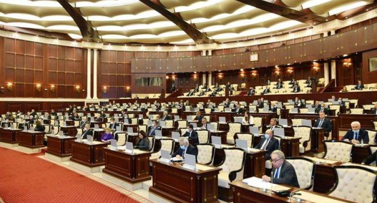 Deputatlar prezidentin xüsusi nümayəndələri ilə bağlı sənədi təsdiqlədi
