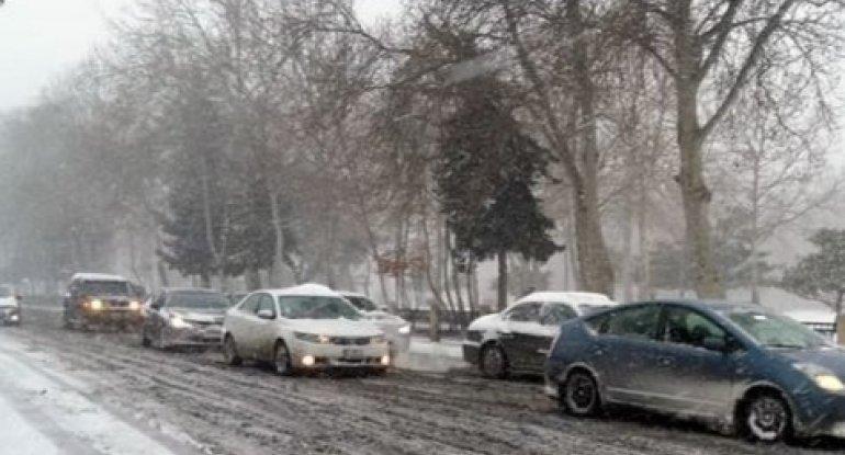 BNA-dan unikal addım - Qarlı havada yollarda qalan əhali ilə bağlı sürücülərə TAPŞIRIQ VERİLDİ