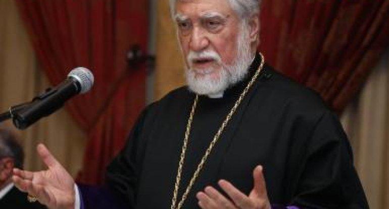 """Katolikos: """"Ermənistan uçurumun kənarındadır"""""""