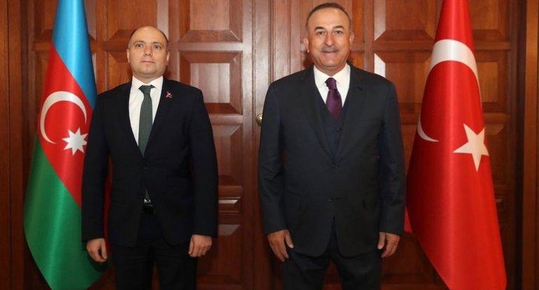 Çavuşoğlu Anar Kərimov ilə görüşüb