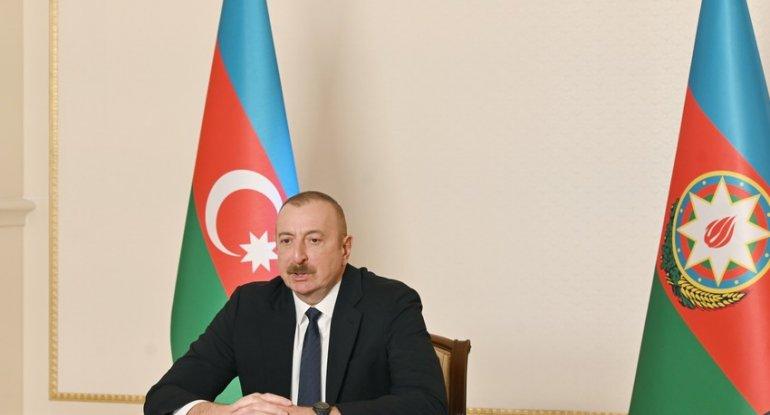 Prezident macarıstanlı naziri videoformatda qəbul edib