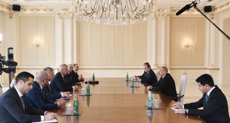 İlham Əliyev slovakiyalı naziri qəbul etdi
