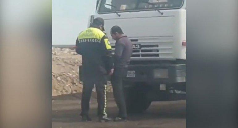 Yol polisi sürücüdən rüşvət alıbmı? - DİN-dən AÇIQLAMA - YENİLƏNİB + VİDEO