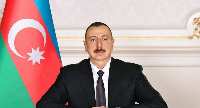 İlham Əliyev Bakıda Hərbi Qənimətlər Parkının açılışında iştirak edib