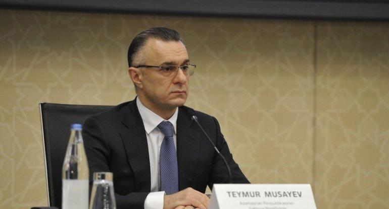 Teymur Musayev kollektivə təqdim edildi