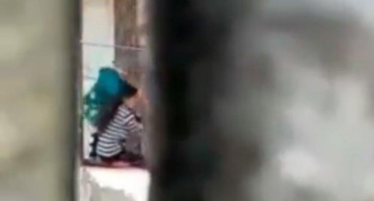 Gəlinini döyən qayınana Bakıya aparıldı - TƏFƏRRÜAT/VİDEO