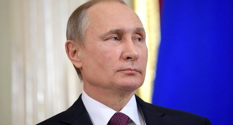 Putin azərbaycanlı direktoru mükafatlandırıb - FOTO