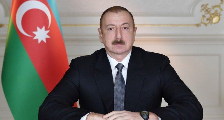 Prezident İlham Əliyev ulu öndər Heydər Əliyevlə bağlı paylaşım edib