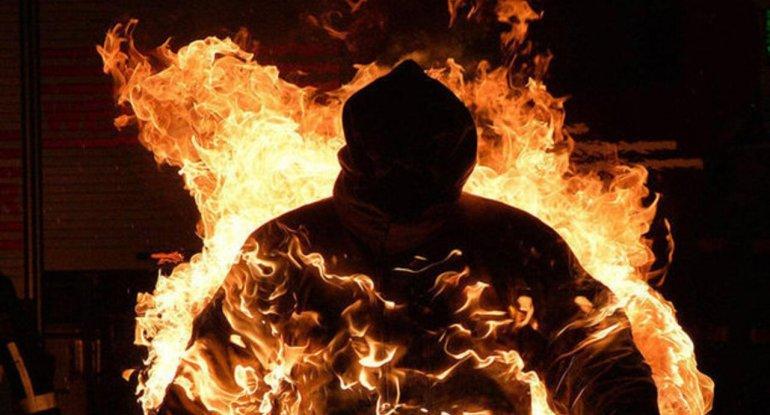 Bakıda oğul 81 yaşlı atasını yandırdı – Təfərrüat