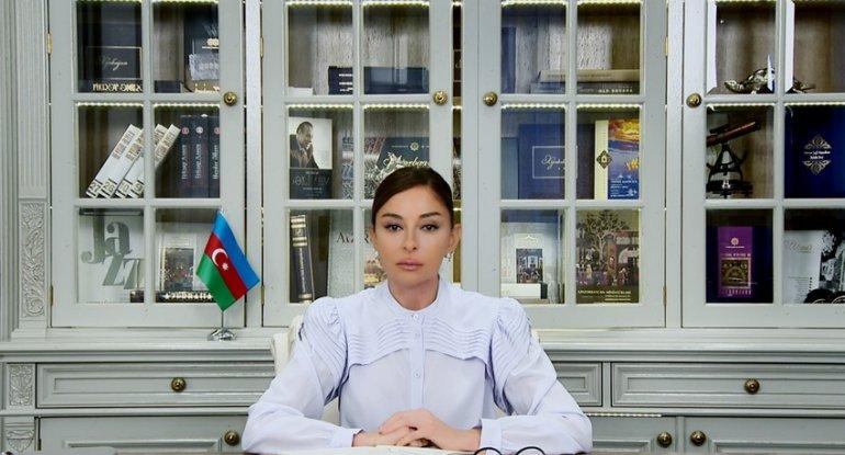 Mehriban Əliyeva Respublika Günü ilə bağlı paylaşım edib