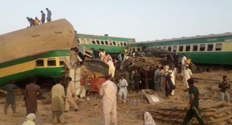 Pakistanda qatarlar toqquşdu - 36 ölü, 50 yaralı (VİDEO)