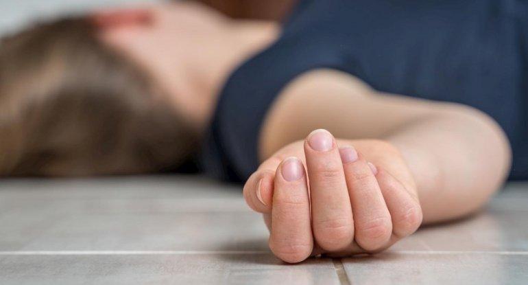 Qısqanc sevgilisini ayağı ilə boğub öldürdü – Bakıdakı qətlin təfərrüatı