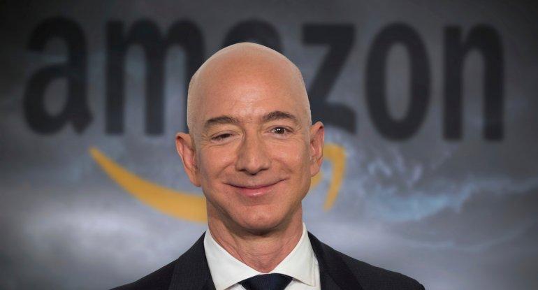 """Ceff Bezos """"Amazon""""un rəhbəri vəzifəsindən getdi"""