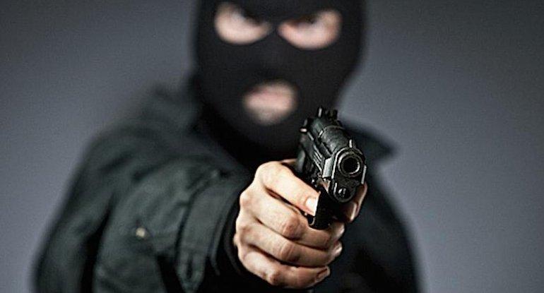 Azərbaycanlı ailəyə silahlı basqın olub, ölənlər və yaralananlar var