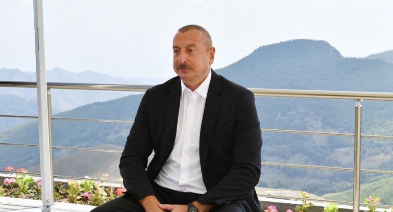 """İlham Əliyev: """"Biz hər şeyi görürük, Xankəndini də, dəhlizi də"""""""