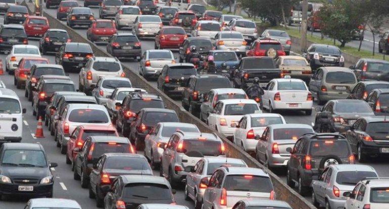 Sürücülərin DİQQƏTİNƏ: Bu yollarda tıxac var - SİYAHI