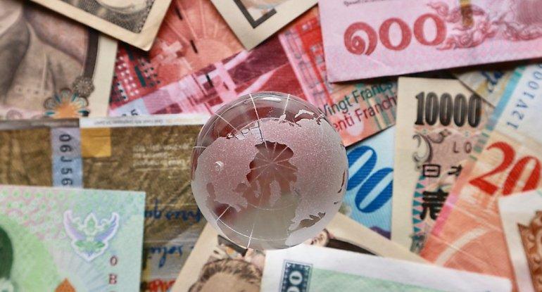 Avro bahalaşdı, dollar, rubl və lirə sabit qaldı