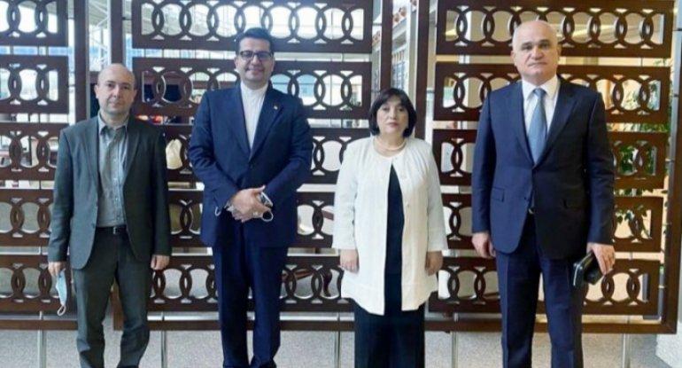 Azərbaycan nümayəndə heyəti İrandadır