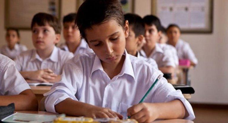 ÜST və UNICEF Azərbaycanı məktəbləri açmağa çağırır
