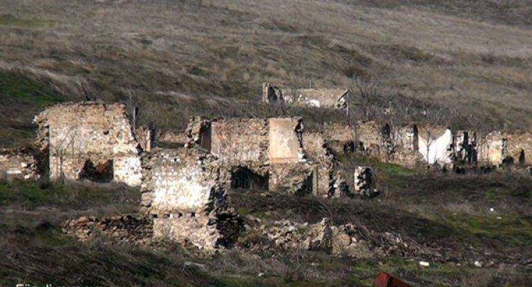 Füzuli rayonunda ermənilərin viran qoyduğu daha bir kənddən görüntülər - VİDEO