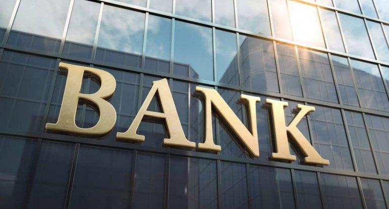Yerli bank filiallarının fəaliyyətini dayandırır - işçiləri ixtisar olunub
