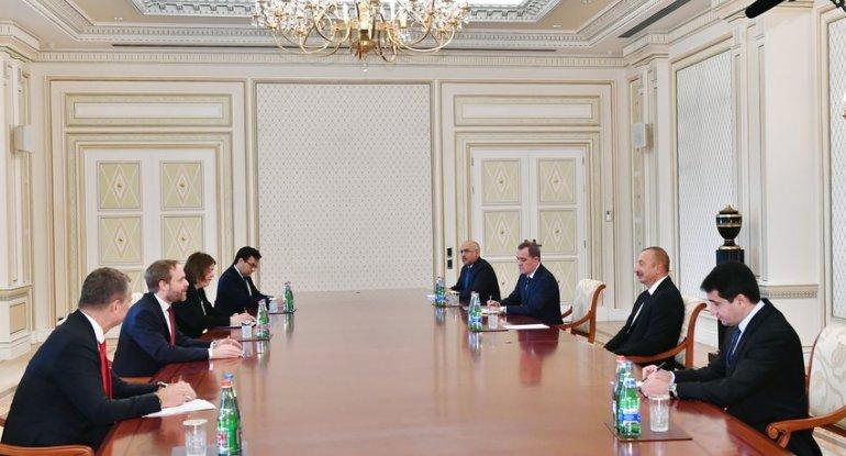 Prezident Çex Respublikasının xarici işlər nazirini qəbul edib - FOTO