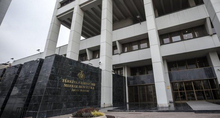 Türkiyə Mərkəzi Bankında 3 rəhbər şəxs vəzifəsindən azad edildi